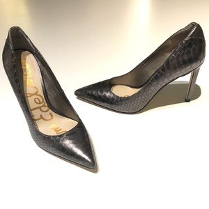 Sam Edelman | charcoal snakescale pointy heels